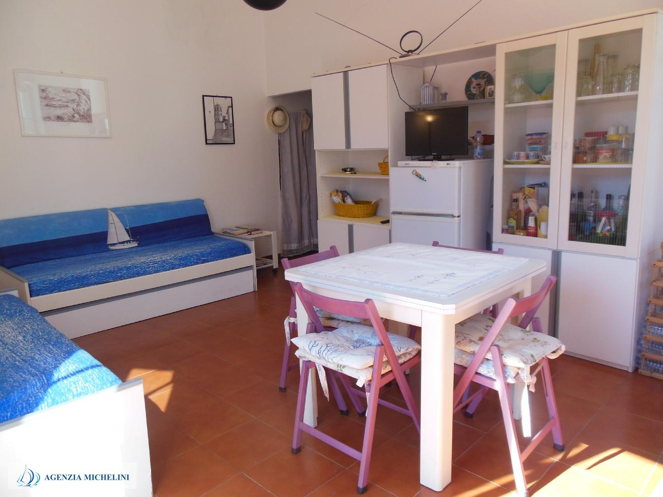 Ref. 012 - Renovated country house with beautiful living terrace in the historic centre of Levante.